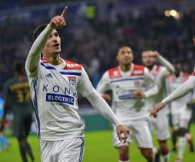 Liverpool change their priorities: Aouar for Fekir. AFP