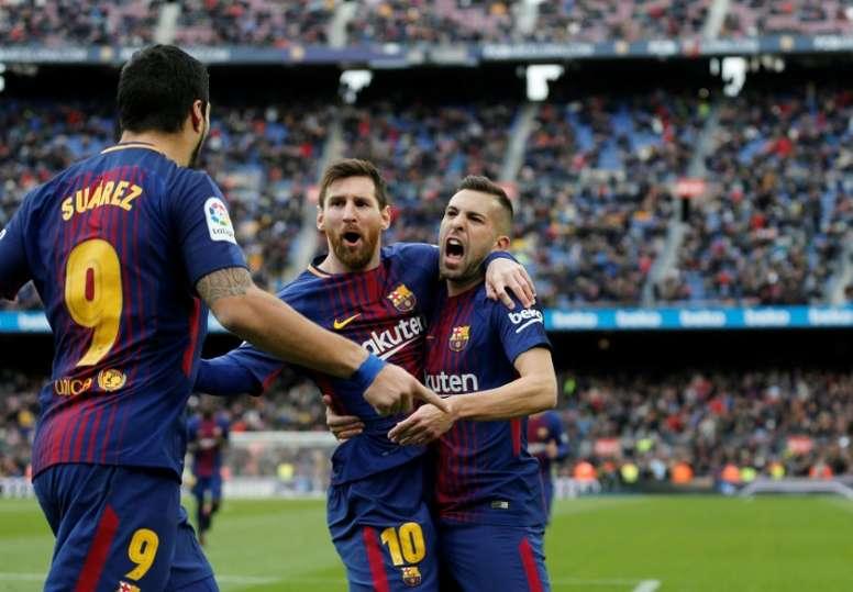 El Barcelona busca un sustituto para Jordi Alba. AFP