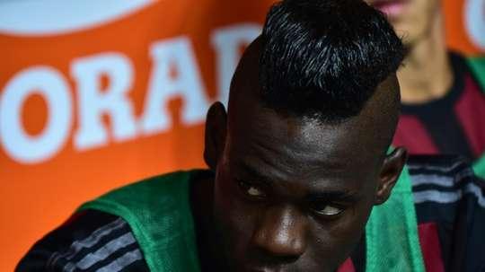 Una curiosa oferta para Mario Balotelli en Italia. AFP
