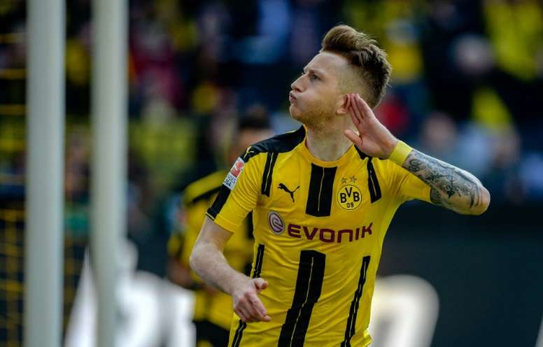 Inter also enter the race for Reus. AFP