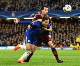 Gerrard elogia Busquets. AFP