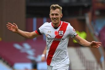 Em jogo eletrizante, Southampton vence o Aston Villa. AFP