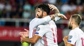 Ramos y Costa, en la diana. AFP
