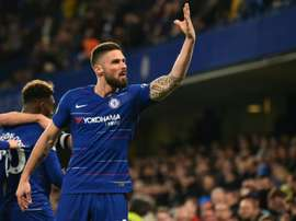 Giroud, a step closer to renewing with Chelsea. AFP