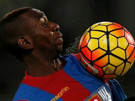 Crystal Palaces French-born Congolese midfielder Yannick Bolasie controls the ball during the English Premier League football match between Crystal Palace and Newcastle United at Selhurst Park in south London on November 28, 2015