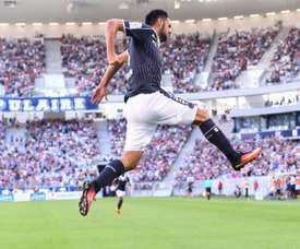 Bordeauxs forward Gaetan Laborde celebrates after scoring during the French L1 match between Bordeaux and Saint-Etienne on August 13, 2016