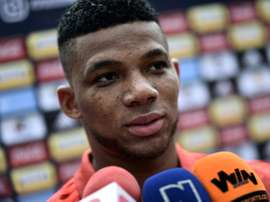 Colombian full-back Fabra out of World Cup with knee injury