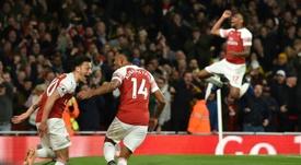 El Arsenal escuchará ofertas por Özil y Aubameyang, entre otros. AFP