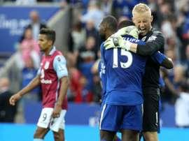Jeffrey Schlupp podría haber salido del Leicester, pero Ranieri dijo 'no'. AFP