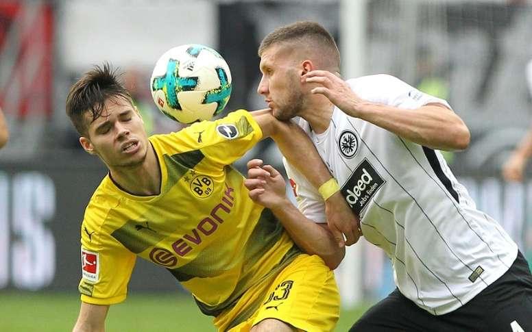 El mediocampista no tiene hueco en el Borussia. AFP