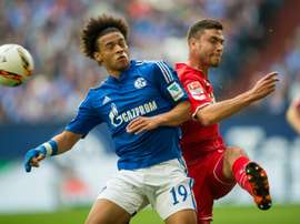 Cologne's defender Jonas Hector (R). BeSoccer