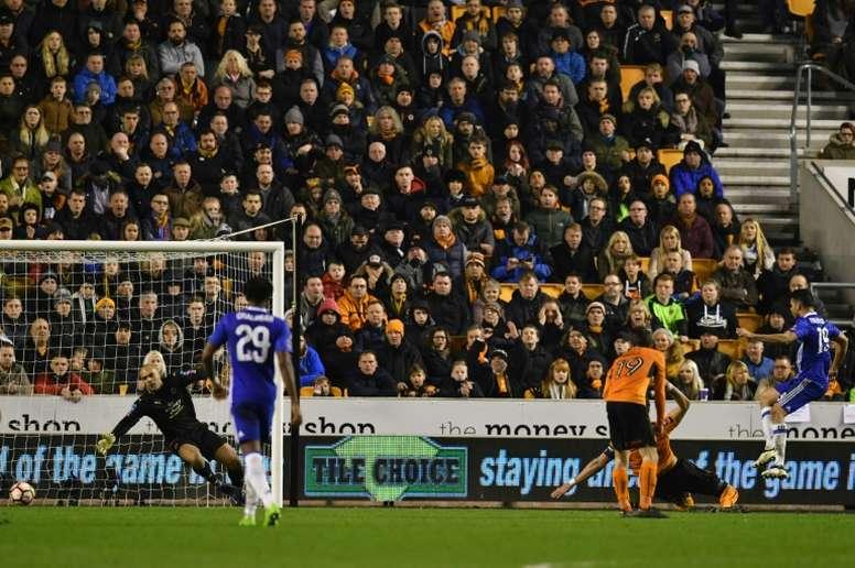 Ikeme no pudo frenar a Diego Costa la pasada temporada. AFP
