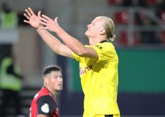 Erling Haaland commence bien sa saison en Bundesliga. AFP