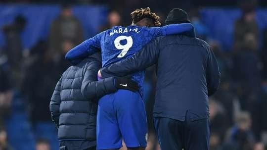 Giroud depende da lesão de Abraham. AFP