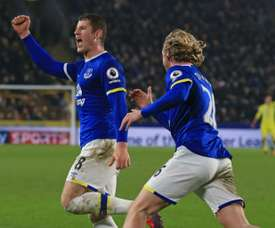 Evertons midfielder Ross Barkley (L) celebrates with Tom Davies after scoring their second goal on December 30, 2016