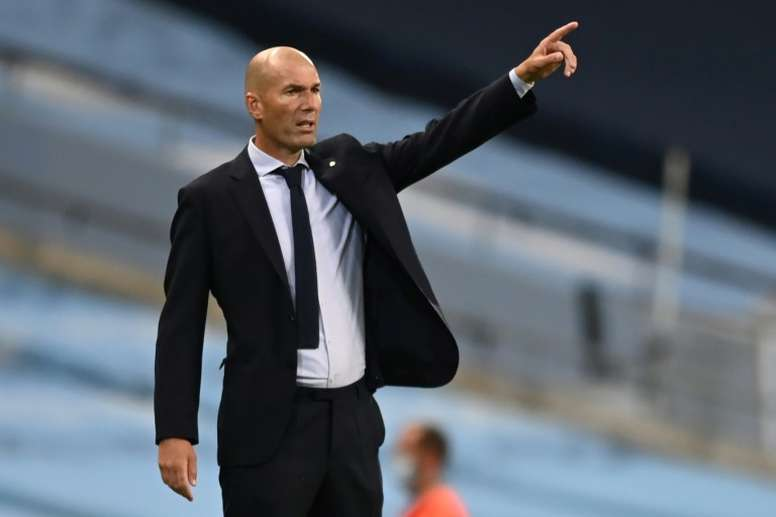 Defiant Zidane urges Real Madrid to come out fighting against Barcelona. AFP