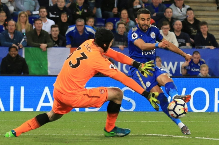 Riyad Mahrez talks up former Leicester team-mate Harry Maguire
