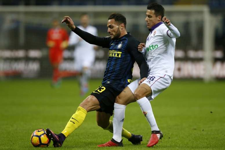 Full-back Danilo D'Ambrosio has signed a new deal with Inter running until June 2021. EFE
