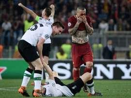 Final definida! Liverpool perde para Roma, mas avança. AFP