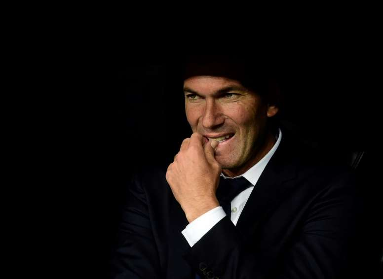 Rubén compartió vestuario con Zidane. AFP