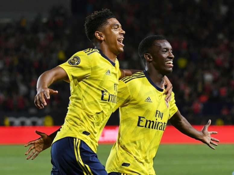 Nketiah pode mudar de time na Inglaterra. AFP
