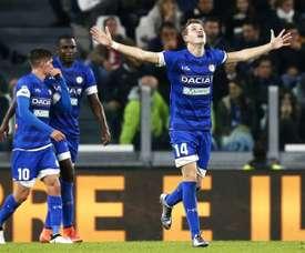 El Milan sigue detrás de Jankto. AFP