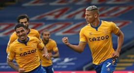Las redes de Benzema se han llenado de insultos. AFP
