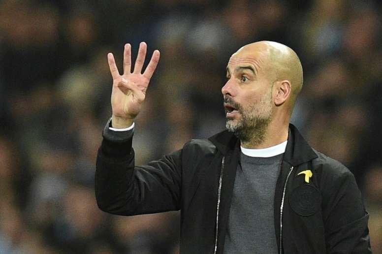Guardiola no quiso referirse a Alexis Sánchez. AFP