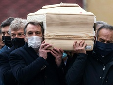 Hundreds gathered to bid farewall to Italy's 1982 World Cup hero Paolo Rossi. AFP