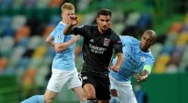 Arsenal va revenir à la charge pour Aouar. AFP
