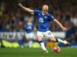 Norwich City announce the signing of Scottish international forward Steven Naismith from Premier League rivals Everton on a three-and-a-half-year contract