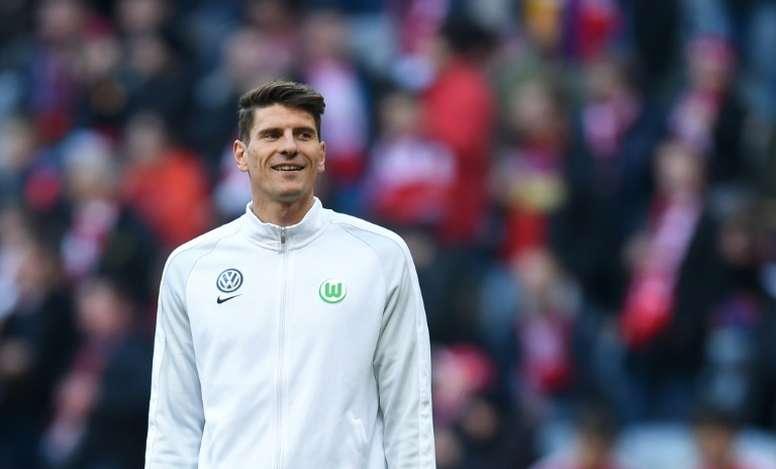 El alemán anotó tres goles en ocho minutos. AFP