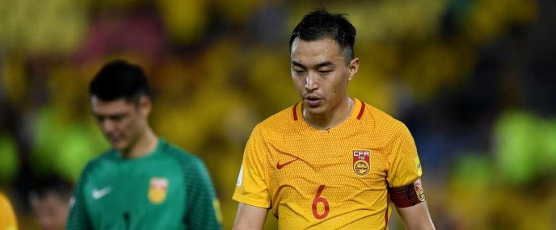 Feng Xiaoting se llevó el primer galardón de la historia del fútbol chino. AFP