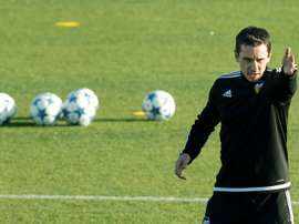 Gary Neville has targeted winning the Cup or the Europa League as one of his prime targets in his short stint as Valencias coach