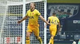 Un cabezazo de Kane le dio la victoria al Tottenham. AFP