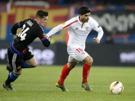 El Valencia quiere al hermano del jugador del Arsenal Xhaka. AFP