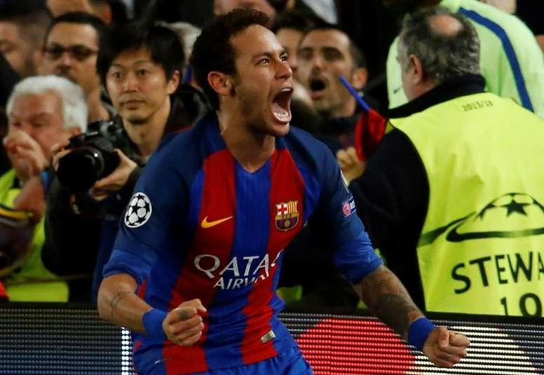 Neymar é o maior ator do futebol, opinião do sueco Mikael Lustig. EFE/Arquivo