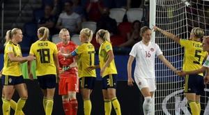 La gardienne de Wolfsburg dénonce des menaces de viol. AFP
