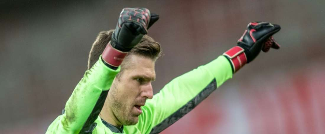 Union Berlin goalkeeper Andreas Luthe celebrates after Fridays home win over Bayer Leverkusen.AFP