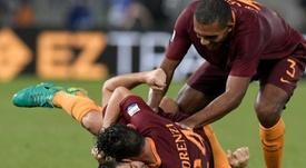 La Fiorentina sigue muy atenta al zaguero de la Roma. AFP