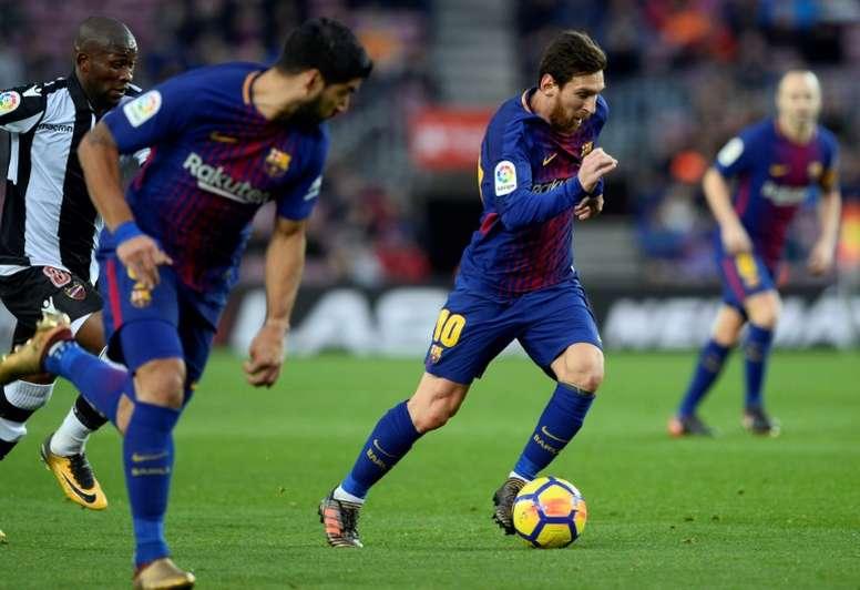 Valverde pourrait faire jouer Messi et Suarez. AFP