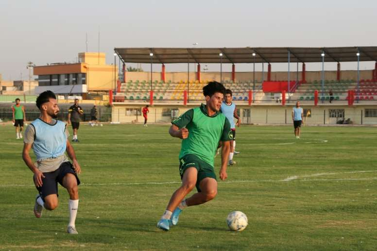 Iraq considers seeking private investment for football clubs. afp_en