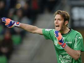 Nices goalkeeper Simon Pouplin, pictured on April 25, 2015, suffered a left thigh problem in their seaon-opener