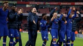 O Chelsea quer contratar Aké e Wilson. AFP