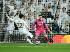 La masterclass d'Ederson au Bernabéu. AFP