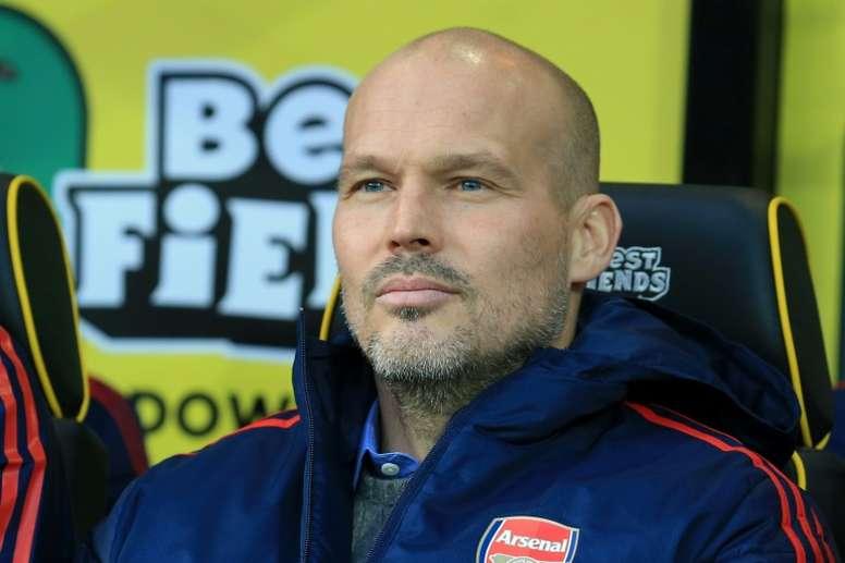 Ljungberg intends to speak to Wenger. AFP