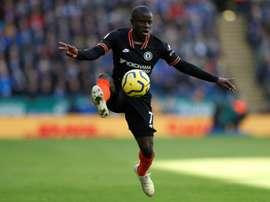 Manchester United entre dans la corse pour Kanté. AFP
