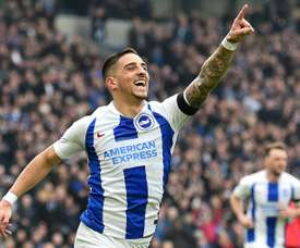 El Brighton ganó 2-1 al Derby County. AFP