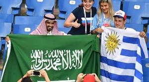 Funcionarios de Dinama fueron asistidos tras el Egipto-Uruguay. AFP