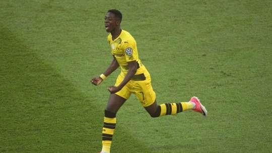 Dembélé se labró un nombre en el Borussia. AFP/Archivo